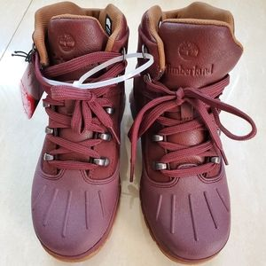 New maroon timberland boots